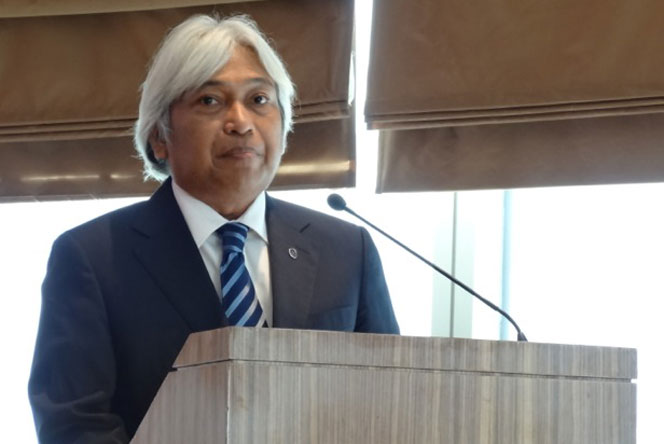 Bank Negara Malaysia Deputy Governor Dato' Muhammad bin Ibrahim highlights Malaysia's high mobile penetration rate and its importance in promoting and further supporting digital payments.