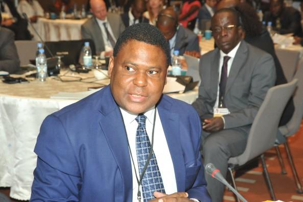 Banco de Moçambique Governor Ernesto Gove participates in the AMPI Leaders' Roundtable in Dakar in February 2016.